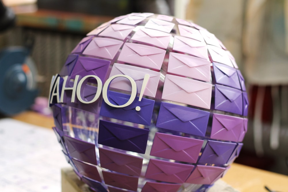 Yahoo Mail Oath Orb Right Side
